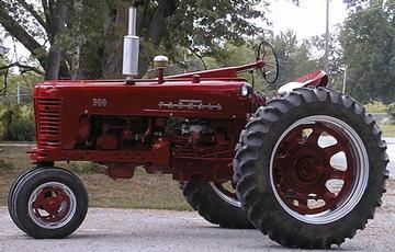 1956 farmall 300 how much h p a yesterday 39 s tractors. Black Bedroom Furniture Sets. Home Design Ideas