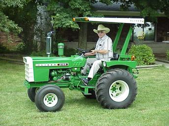 Antique Tractors 1 2 Scale Oliver 2150 Picture